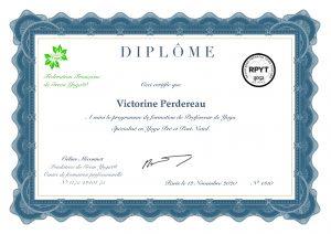 Diplôme Professeure de Yoga pré & post natal RPYT Victorine Perdereau